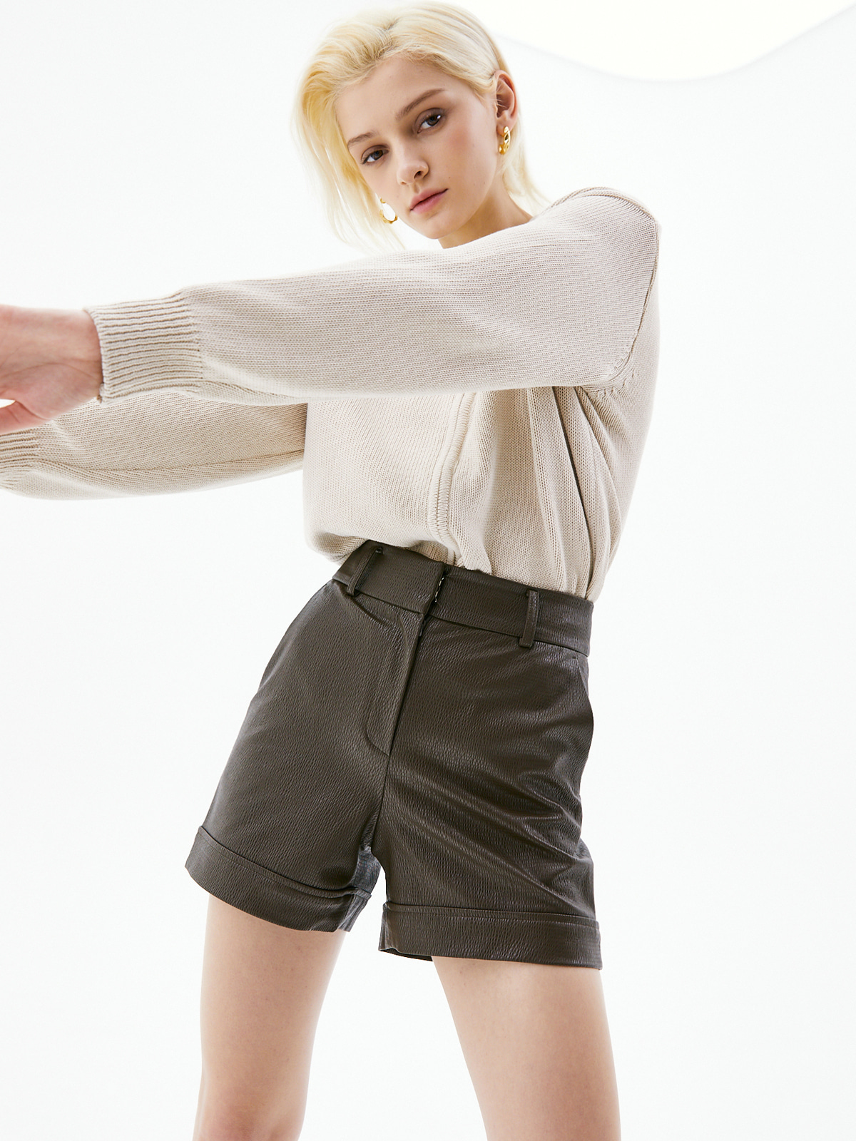 Clara Leather Short Pants_Brown